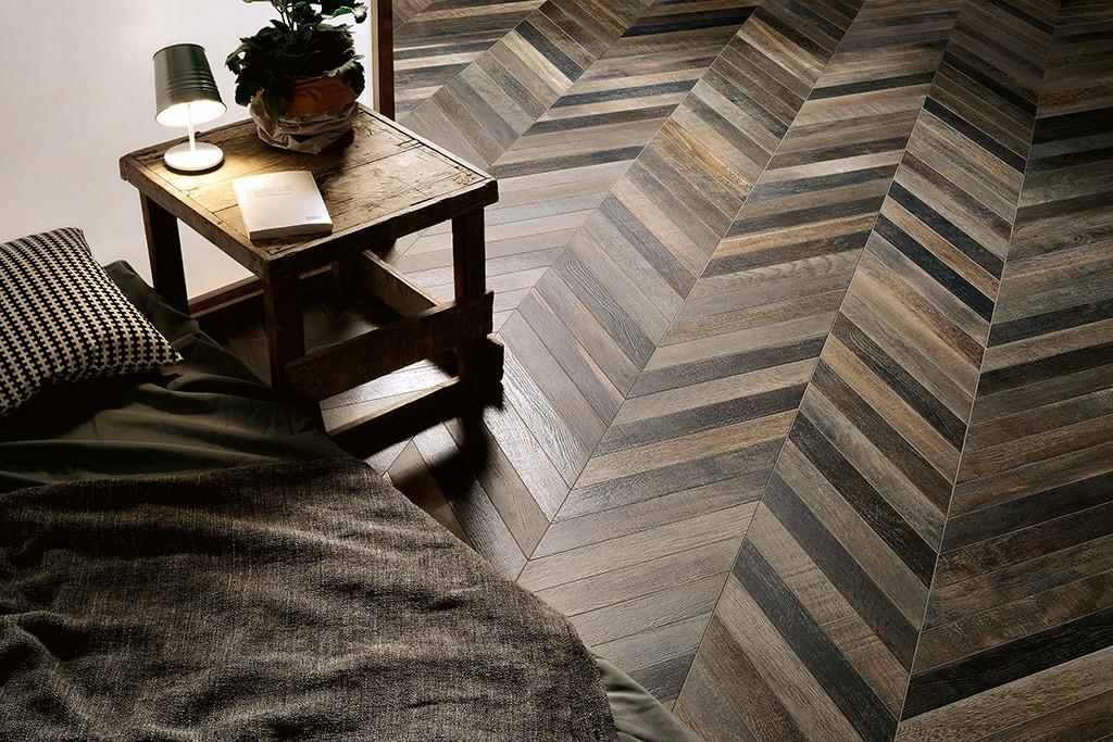 piastrelle-dal-design-italiano_ceramica-fioranese_wood_mood_quercia-chevron-78x533