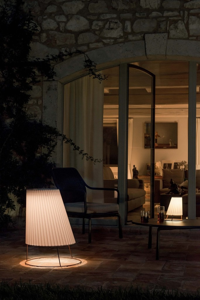 royal_outdoor_illuminazione_lampade_emu_cone1